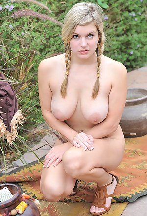 Chubby Girls Porn Pictures